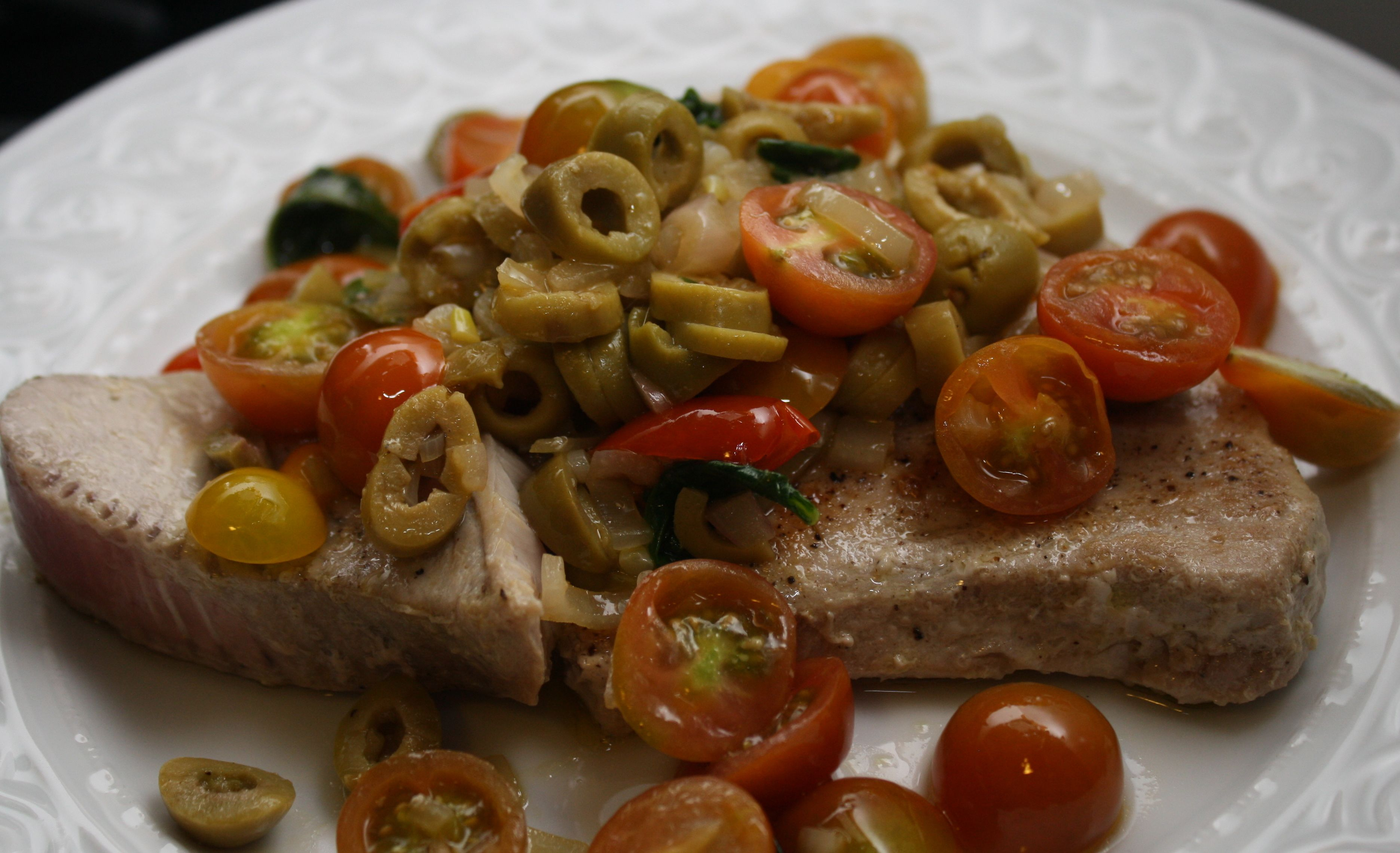 Seared Tuna With Tomato-Lemon Vinaigrette Recipes — Dishmaps